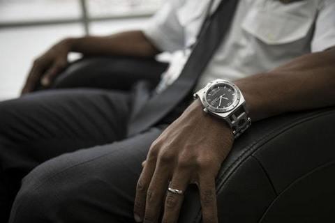 Часы мультитул Leatherman Tread™ Tempo с браслетом. Вид 6