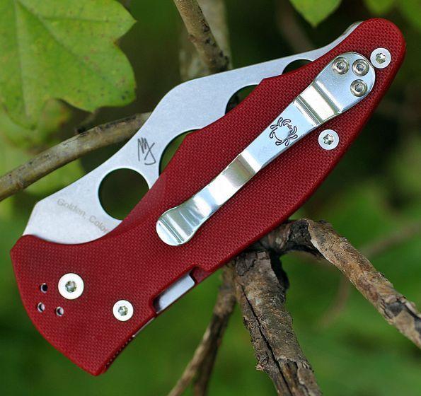 Фото 6 - Нож складной тренировочный Yojimbo 2 Red Trainer - Spyderco 85TR2, сталь Carpenter CTS™ - BD1 Alloy Stonewash Zero-Ground Plain, рукоять стеклотекстолит G10, красный