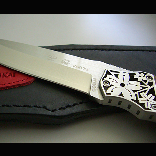 Фото 10 - Туристический нож G.Sakai, Sakura 2 Fixed, 11431, сталь VG-10, Дерево Айва karin-kobu, в подарочной картонной коробке