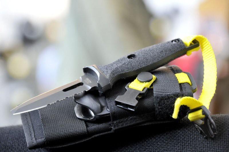 Фото 9 - Нож ныряльщика Extrema Ratio Dicok Diving Compact, сталь Bhler N690, рукоять полиамид