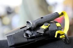 Нож ныряльщика Extrema Ratio Dicok Diving Compact, сталь Böhler N690, рукоять полиамид, фото 4