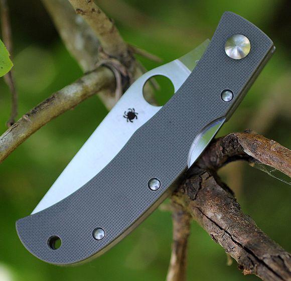 Фото 6 - Нож складной Baby Horn Spyderco CX08GGYP, сталь VG-10 Satin Plain, рукоять стеклотекстолит G10, серый