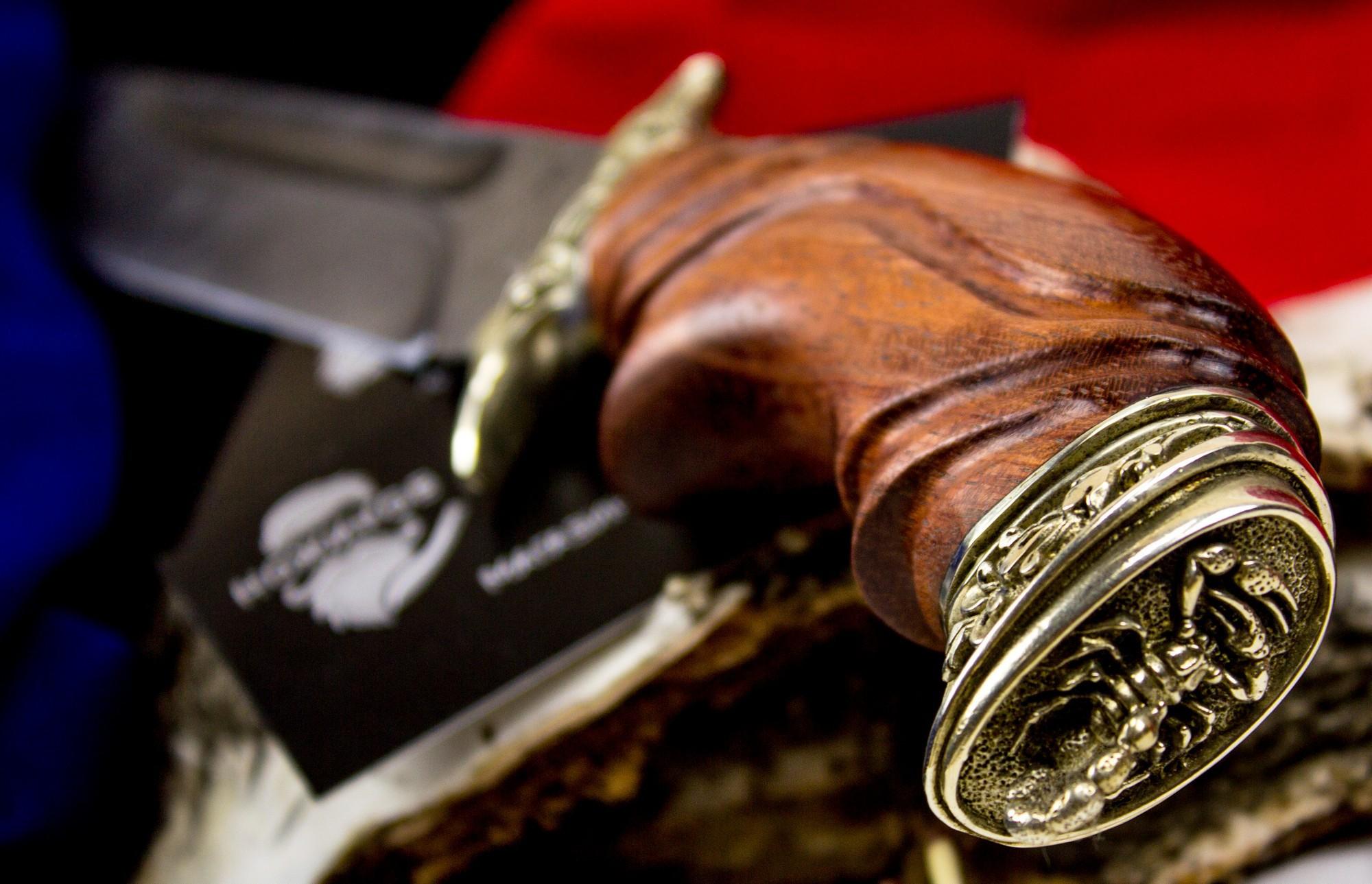 Фото 8 - Нож Варяг с резной рукоятью,  дамасская сталь, литье скорпион от Кузница Семина