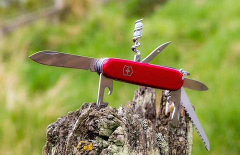Нож швейцарский Victorinox Camper, сталь X55CrMo14, рукоять Cellidor®, красный. Вид 8