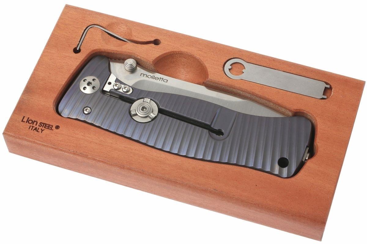 Фото 4 - Нож складной LionSteel SR1 V (VIOLET), сталь Sleipner Satin Finish, рукоять титан по технологии SOLID®, фиолетовый от Lion Steel