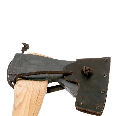 Топор плотницкий классический Hultafors, сталь шведская, рукоять дерево гикори. Вид 4