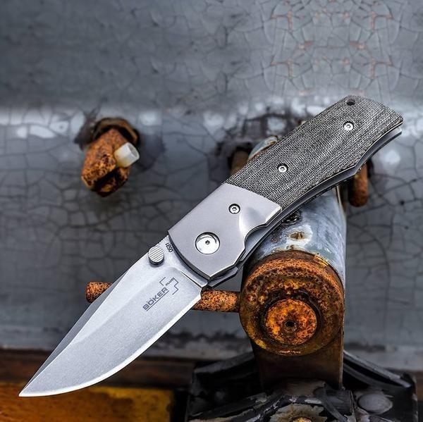 Фото 15 - Нож складной Boker Plus Bullpup, сталь клинка VG-10 Stonewashed Plain, рукоять микарта/титан, 01BO311