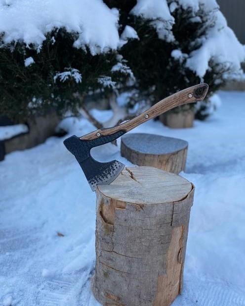 Топорик кованый Викинг средний, сталь 65Г, рукоять дерево