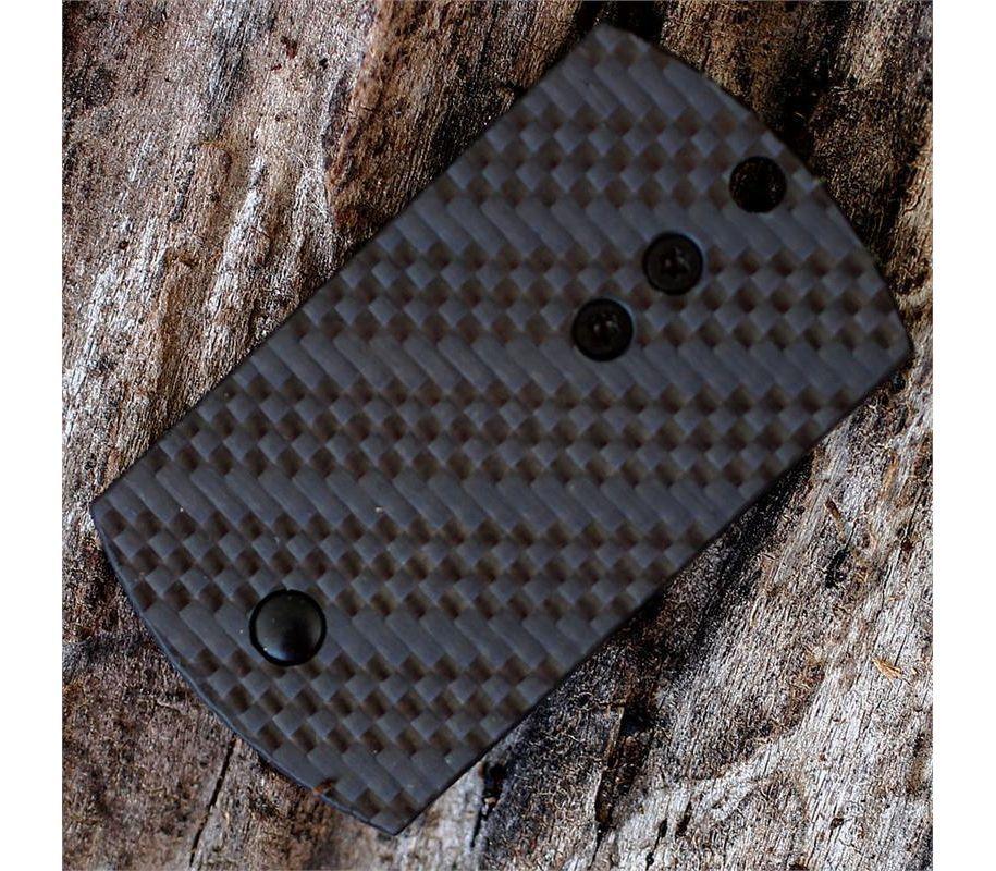 Фото 14 - Складной нож-брелок Dog Tag Folder Black - Spyderco 188CFBBKP, сталь CPM S30V TiNi coating, рукоять G10/карбон, чёрный