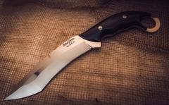 Нож Кастрюк