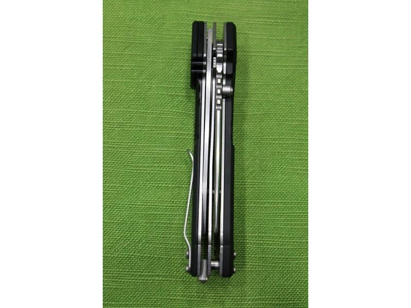 Фото 10 - Многофункциональный складной нож с выкидным стропорезом Extrema Ratio Police III, сталь Bhler N690, рукоять алюминий