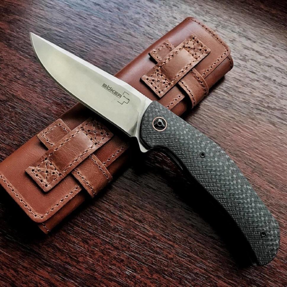 Фото 10 - Нож складной Roundhouse - Boker Plus 01BO617, сталь D2 Satin, рукоять карбон, чёрный
