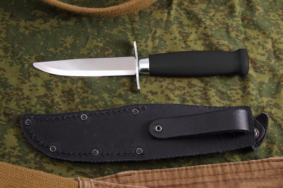 Фото 5 - Нож с фиксированным лезвием Morakniv Scout 39 Safe Black, сталь Sandvik 12C27, рукоять береза, черный