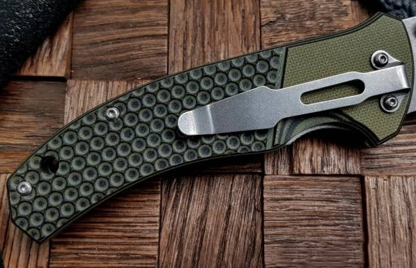 Фото 3 - Нож складной Boker Magnum Three Dimensions, сталь 440A 2-Tone Stonewash Plain, рукоять стеклотекстолит G10, 01MB717