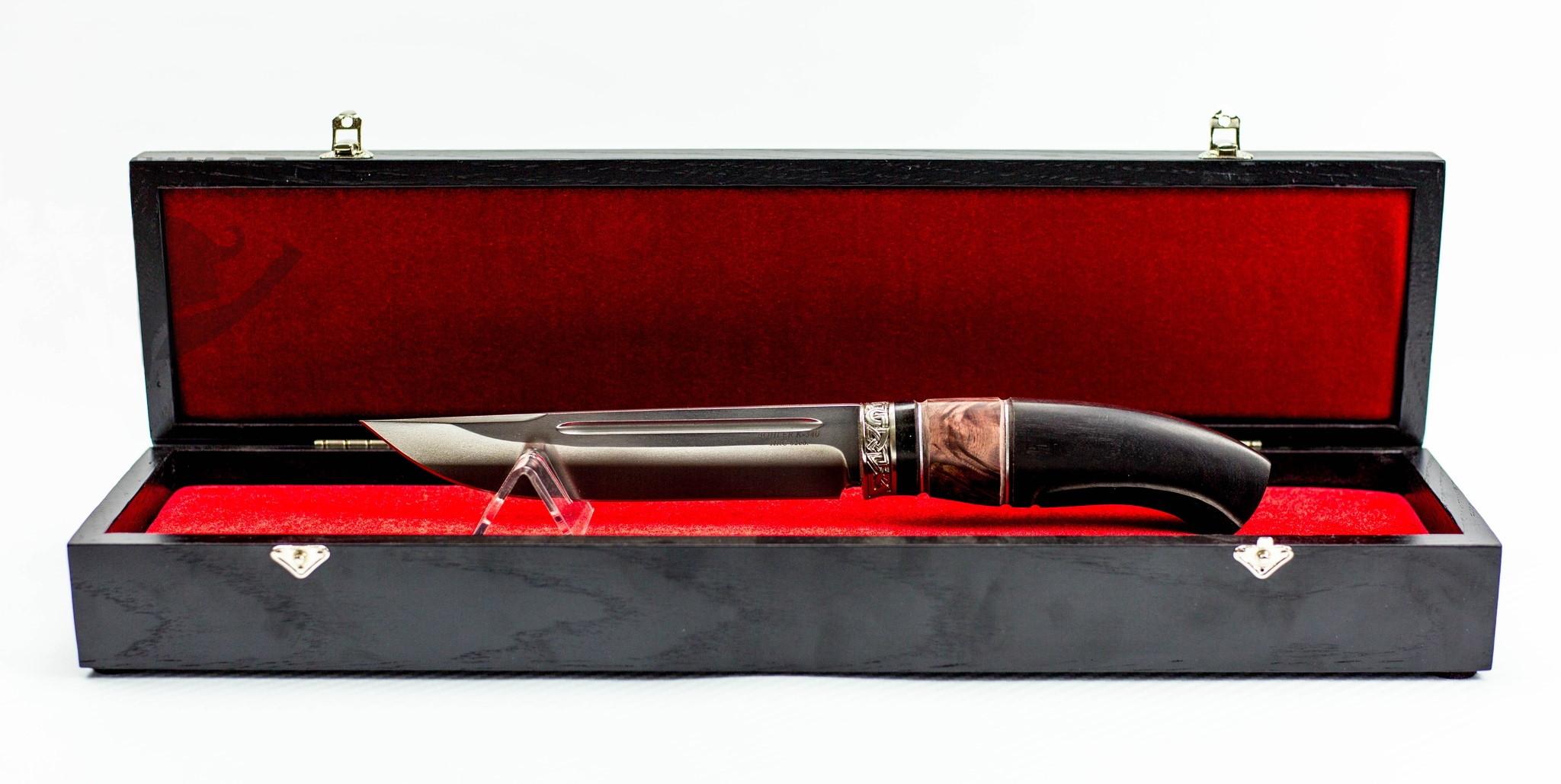 Подарочная шкатулка для длинного ножа, дуб, лак от Фабрика деревянных футляров