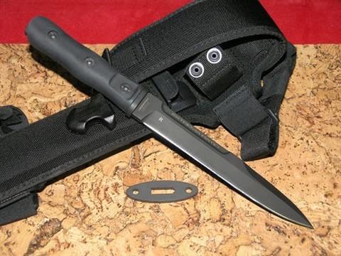 Нож с фиксированным клинком 39-09 C.O.F.S. Operativo Black (Single Edge), сталь Böhler N690, рукоять пластик. Вид 1