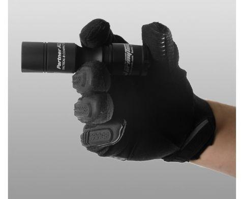 Фонарь светодиодный тактический Armytek Partner A1 v3, 600 лм, аккумулятор. Вид 8