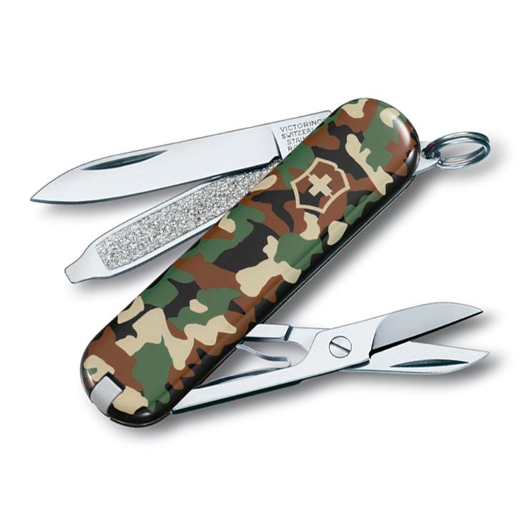 Нож перочинный Victorinox Classic 0.6223.94 58мм 7 функций рукоять дизайна Камуфляж