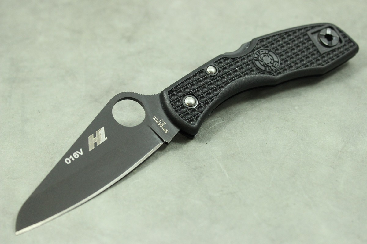 Фото 7 - Складной нож Salt 1 - Spyderco C88PBBK, сталь H-1 Black Titanium Nitride Plain, рукоять термопластик FRN, чёрный
