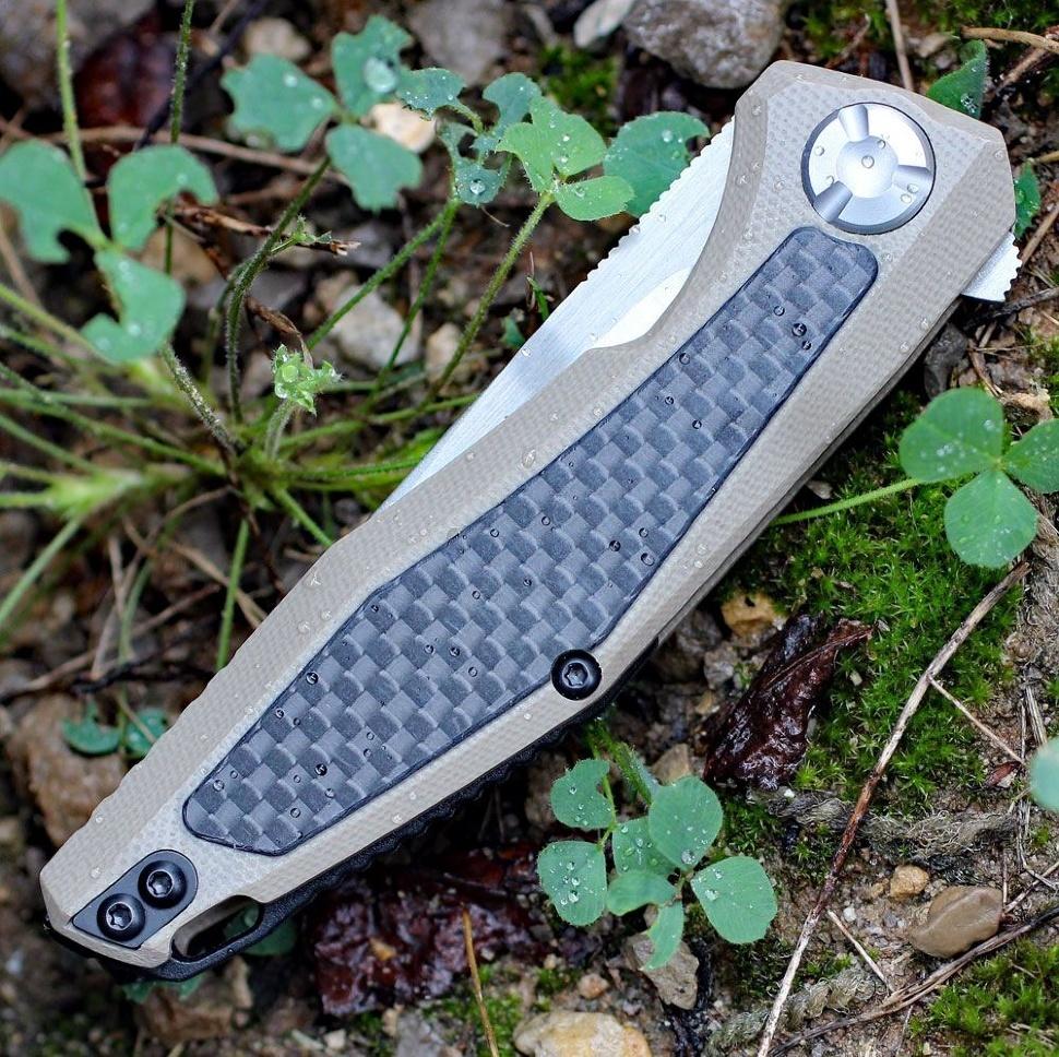 Фото 11 - Складной нож Atmos KERSHAW 4037TAN, лезвие сталь 8Cr13MoV, рукоять G10/карбон, бежевый (песочный) цвет