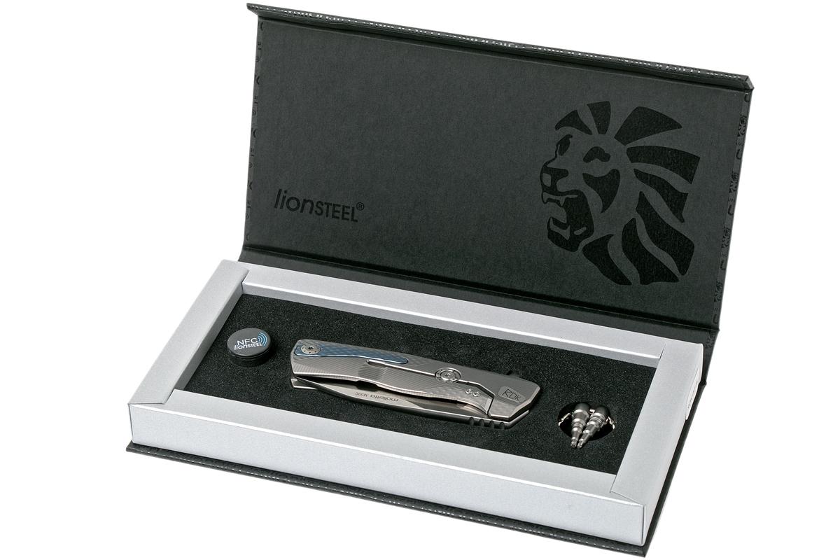 Фото 2 - Нож складной LionSteel ROK G, сталь Bhler M390 Satin Finish, рукоять титан, серый цвет от Lion Steel