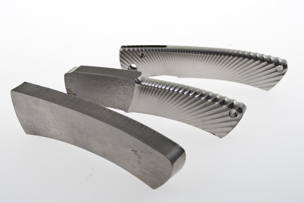 Фото 4 - Нож складной LionSteel TS1DL GS, дамасская сталь, рукоять титан от Lion Steel