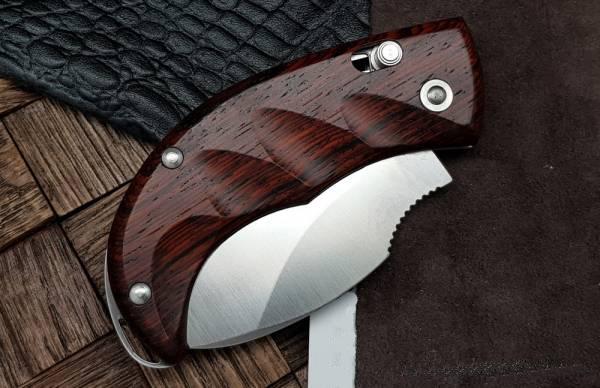 Фото 7 - Нож складной LionSteel Skinner 8901 ST, сталь 440C Satin Finish, рукоять палисандр, коричневый от Lion Steel