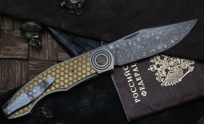 Фото 2 - Складной нож CKF Makosha (Belka) SOT, сталь M390, рукоять Titanium от Custom Knife Factory