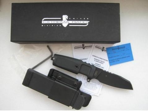 Фото 8 - Нож с фиксированным клинком Extrema Ratio Task Compact Black, сталь Bhler N690, рукоять прорезиненный форпрен