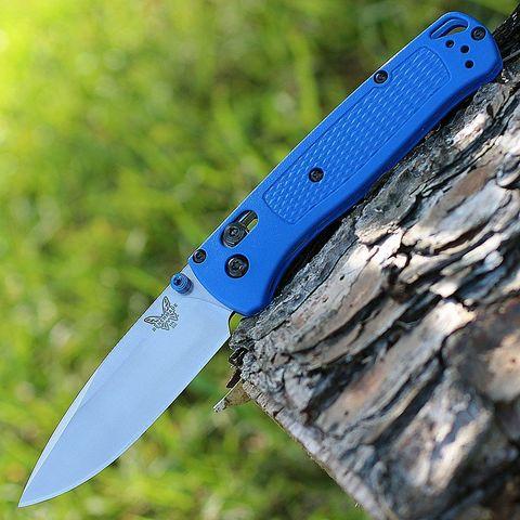 Нож складной Benchmade Bugout Blue 535, сталь S30V, рукоять пластик. Вид 1
