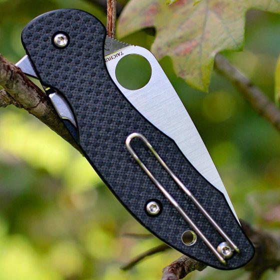 Фото 6 - Нож складной MANTRA 3 Spyderco C233CFP, сталь Crucible CPM® S30V™ Satin Plain, рукоять карбон/стеклотекстолит G10, чёрный