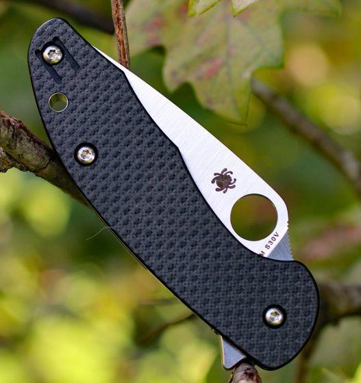 Фото 7 - Нож складной MANTRA 3 Spyderco C233CFP, сталь Crucible CPM® S30V™ Satin Plain, рукоять карбон/стеклотекстолит G10, чёрный