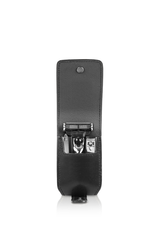 Набор бритвенный дорожный Mondial M-SV1209-9, черный набор дорожный для ремонта одежды и маникюра 9 предметов 0340 6210