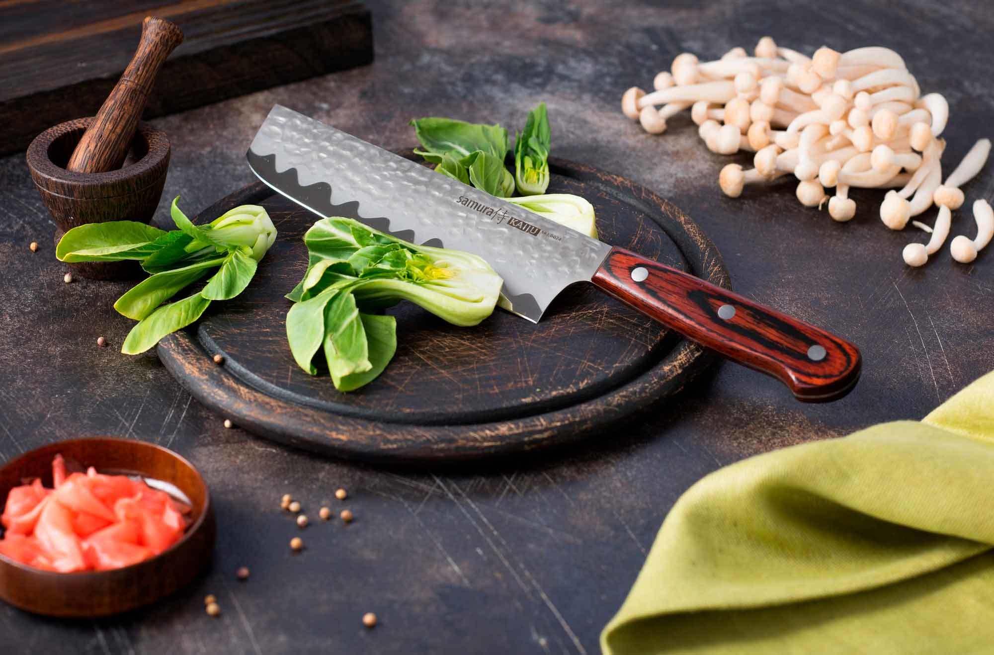 Фото 7 - Нож кухонный Samura KAIJU Накири - SKJ-0074, сталь AUS-8, рукоять дерево, 167 мм