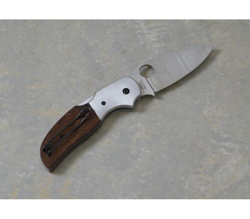 Фото 7 - Нож складной Sage 4 Ironwood & Titanium Spyderco 123WDP, сталь Crucible CPM® S30V™ Satin Plain, рукоять титан/дерево