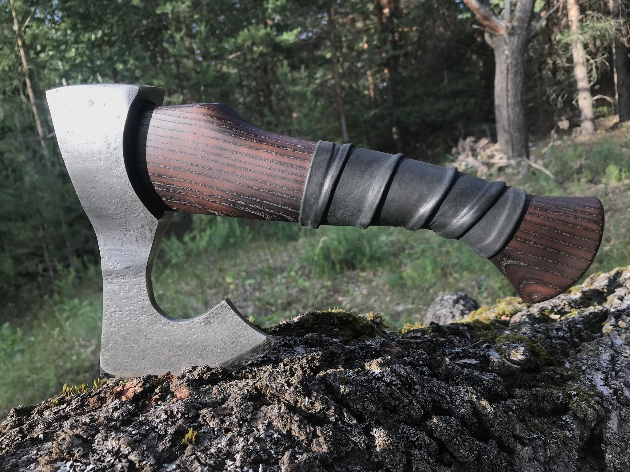 Фото 10 - Топор модель №8, сталь ХВГ, Мастерская Ваулина