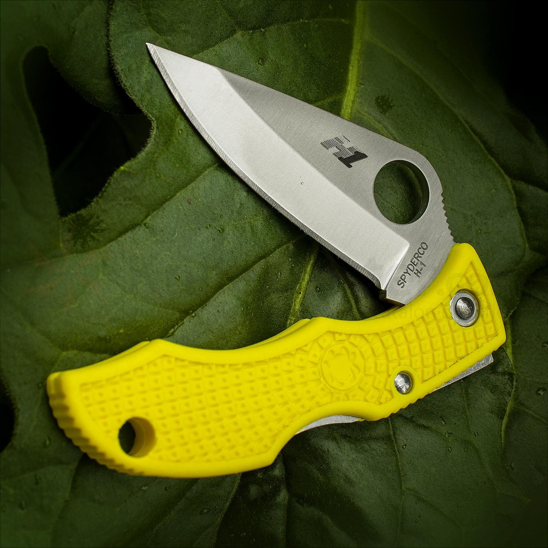 Фото 8 - Нож складной Ladybug 3 Salt - Spyderco LYLP3, сталь H1 Satin Plain, рукоять термопластик FRN, жёлтый