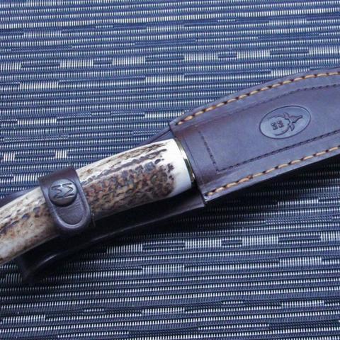 Нож с фиксированным клинком Muela, сталь X50CrMoV15, рукоять резной олений рог. Вид 8