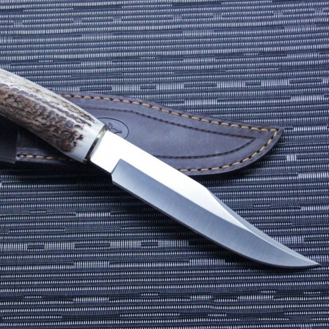 Нож с фиксированным клинком Muela, сталь X50CrMoV15, рукоять резной олений рог. Вид 7