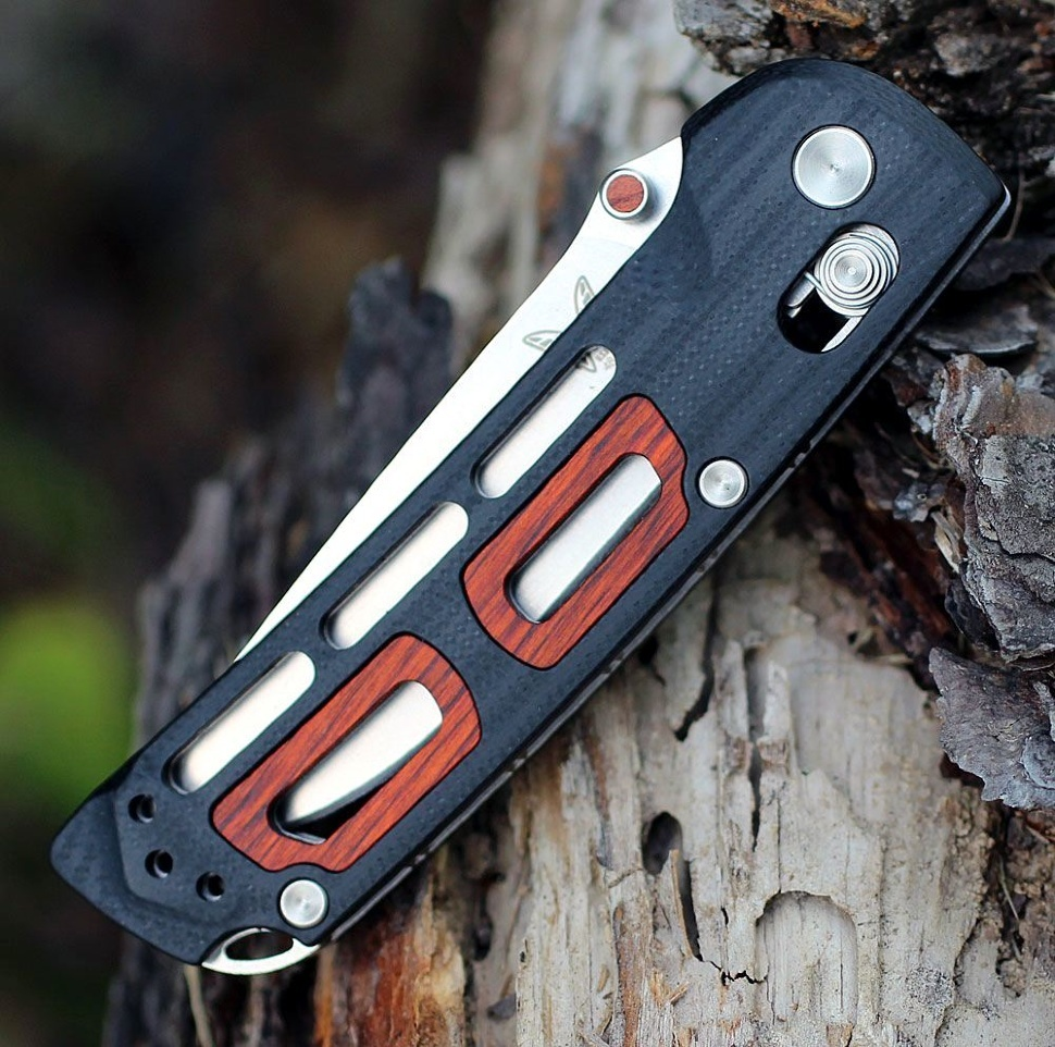 Фото 6 - Складной нож Benchmade 486 Saibu, сталь CPM-20CV, рукоять G-10/дерево