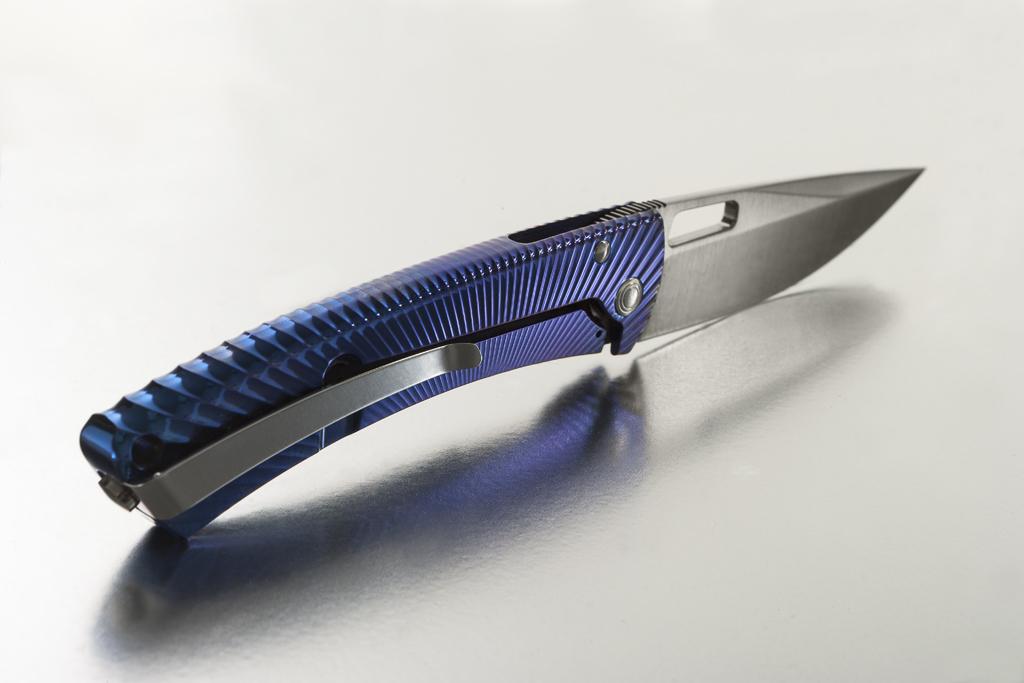 Фото 4 - Нож складной TiSpine, Purple Matte Anodized Solid® Titanium Handle, Satin Finish Sleipner Stainless Steel от Lion Steel