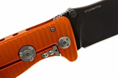 Нож складной LionSteel SR1A OB ORANGE, сталь D2 Black Finish, рукоять алюминий (Solid®), оранжевый. Вид 9