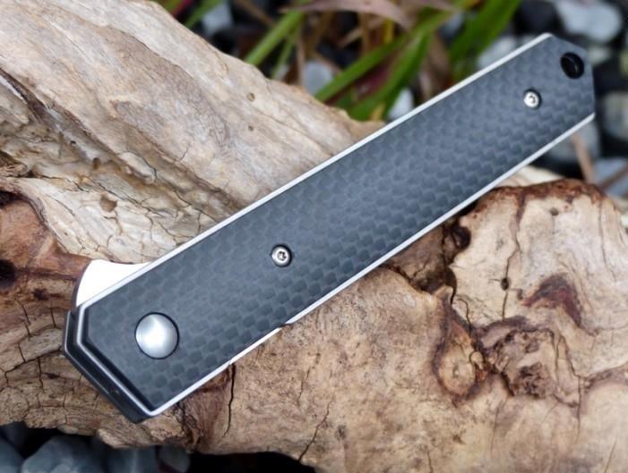 Фото 14 - Нож складной Kwaiken Folder Carbon (IKBS® Flipper) - Boker Plus 01BO298, сталь VG-10 Satin Plain, рукоять карбон