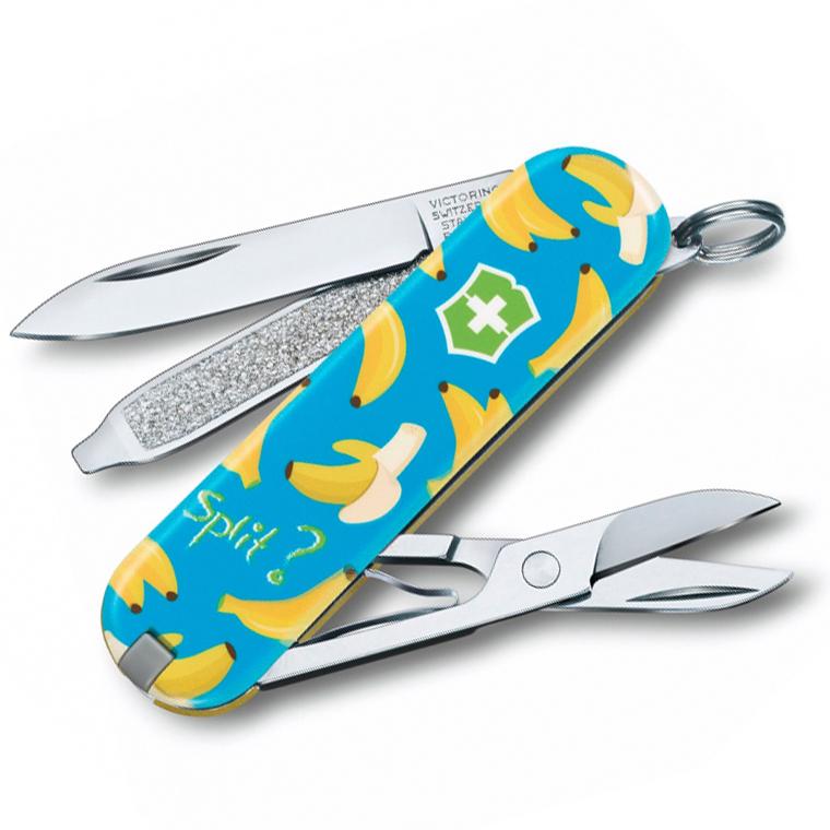Нож перочинный Victorinox Classic Banana Split, сталь X55CrMo14, рукоять Cellidor®