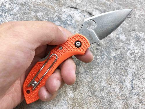 Фото 8 - Складной нож Dragonfly 2 - Spyderco 28POR2, сталь VG-10 Satin Plain, рукоять термопластик FRN оранжевый