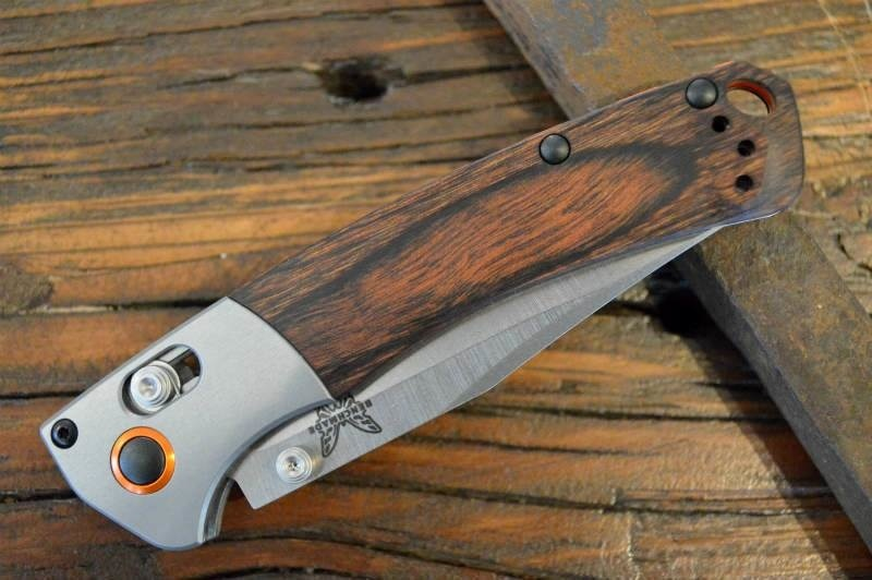 Фото 7 - Нож складной Benchmade Hunt Series Mini Crooked River Wood 15085-2, сталь CPM S30V, рукоять дерево