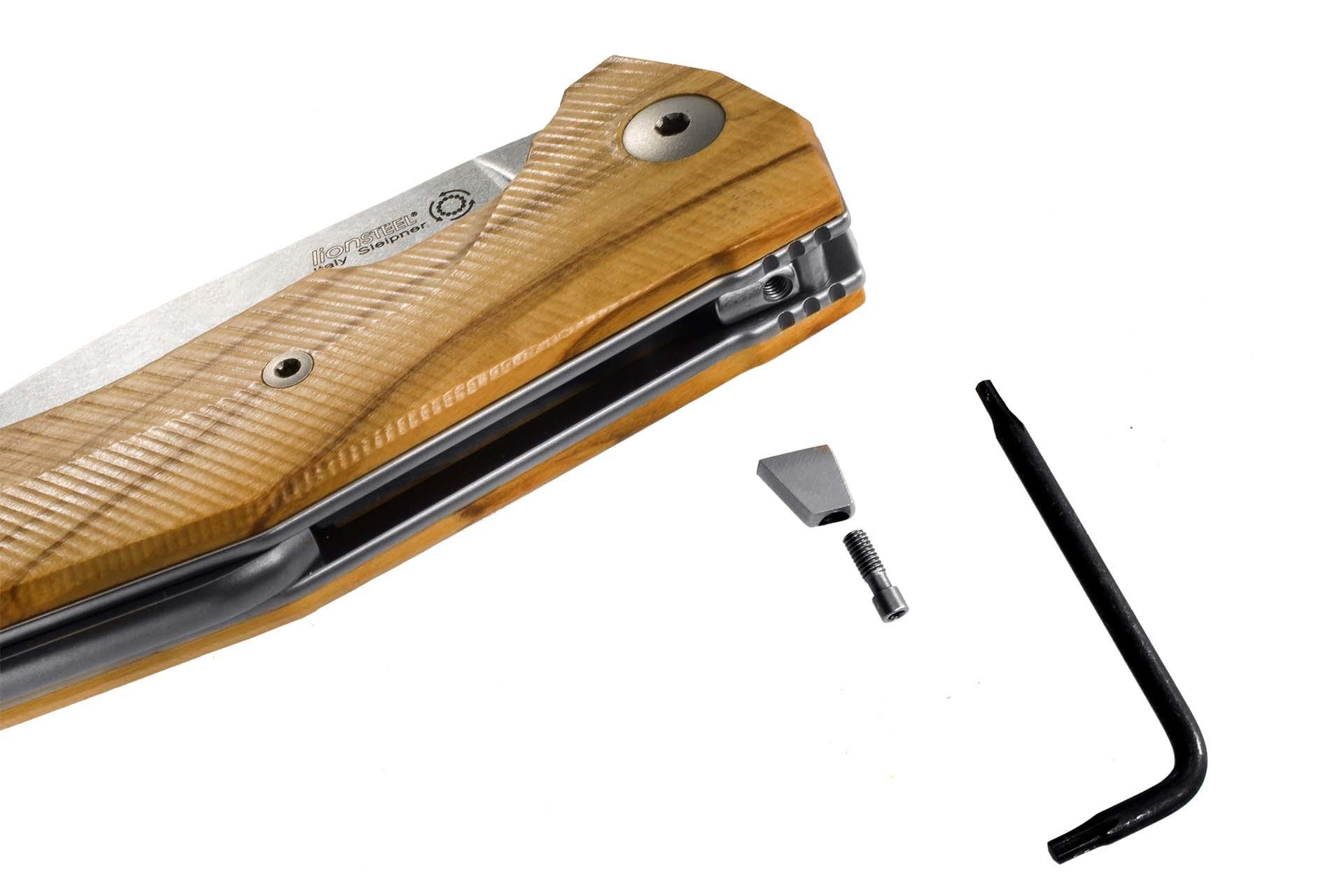 Фото 3 - Нож складной LionSteel KUR BUL Olive Wood, сталь Stonewashed & PVD-Coated Uddeholm Sleipner®, рукоять оливковое дерево от Lion Steel
