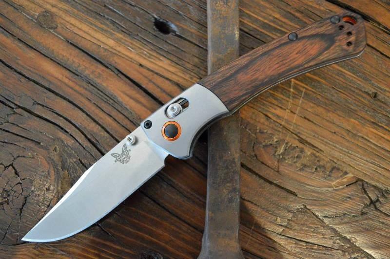 Фото 8 - Нож складной Benchmade Hunt Series Mini Crooked River Wood 15085-2, сталь CPM S30V, рукоять дерево
