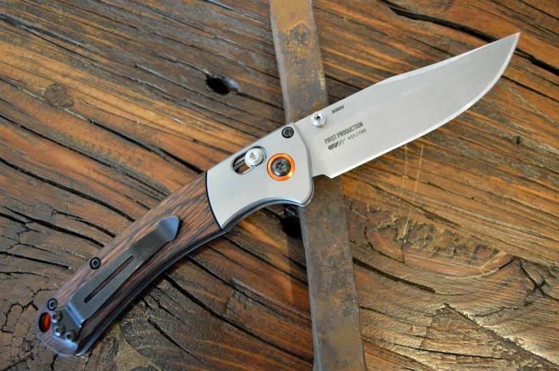 Фото 9 - Нож складной Benchmade Hunt Series Mini Crooked River Wood 15085-2, сталь CPM S30V, рукоять дерево