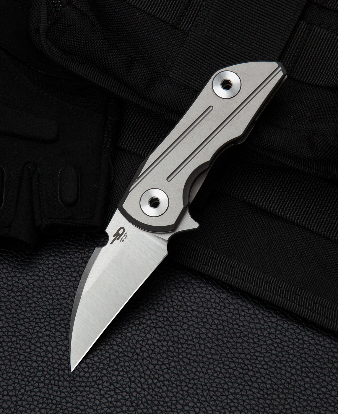Складной нож Bestech 2005 Delta, сталь S35VN, рукоять титан